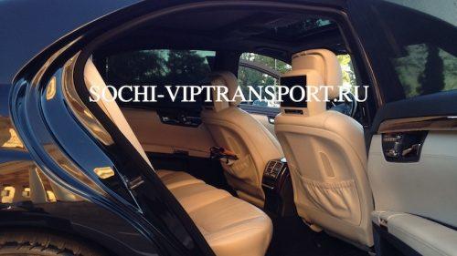 Mercedes-Benz 221 3