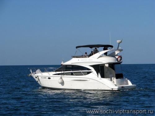 Моторная яхта Кристина — Meridian 39