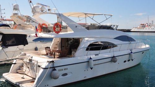 Моторная яхта Sunseeker 1