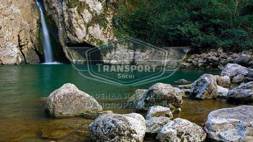 Агурские водопады и скала Прометея